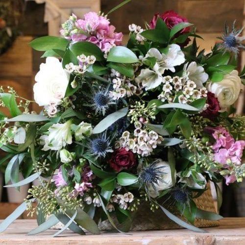 Bouquet de Renoncules et Giroflées locales