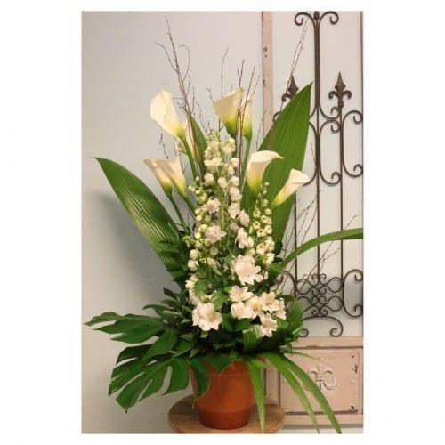 Arrangement de fleurs rustiques blanc