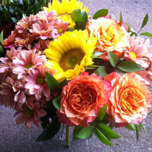 bouquet estival de tournesols